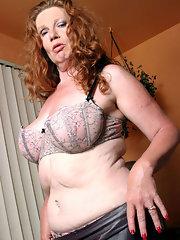 Sexy naked girls spy cams