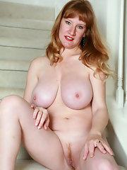 Blonde girl hard core sex
