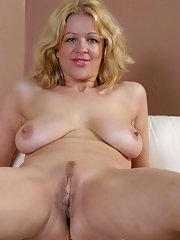 Girls blowing huge cock