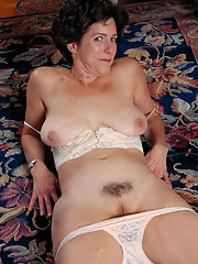 Sexy porn girls fuck at jongel