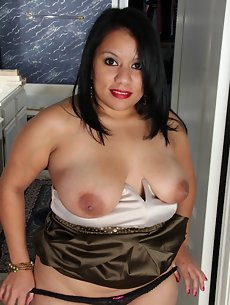 Latina Galleries